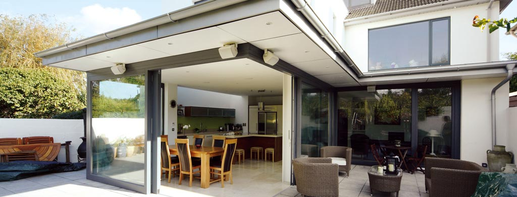 Attraktive Fenster: außen wie innen ein Genuss für das Auge - Haas Bauelemente GmbH. Foto: NIVEAU Fenster Westerburg GmbH